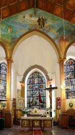 Kościół pw. Niepokalanego Poczęcia NMP - Ołtarz